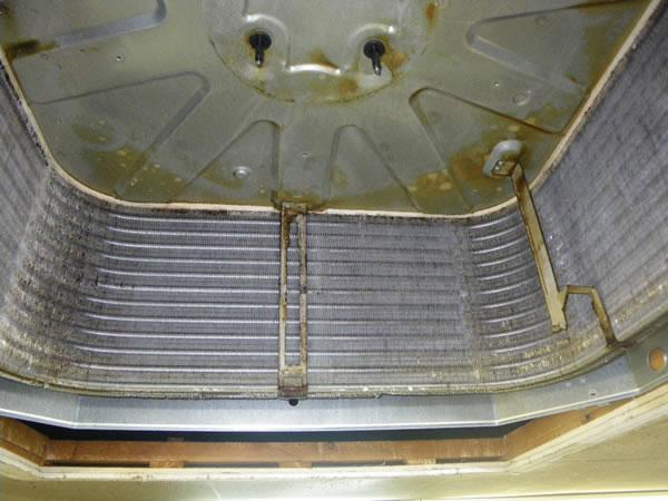 業務用エアコン分解洗浄